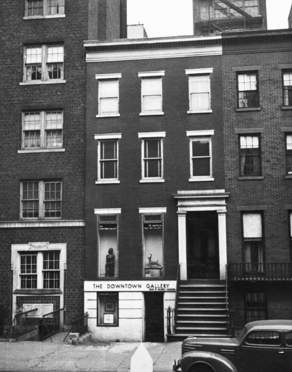 The Downtown Gallery at 113 West Thirteenth Street, Greenwich Village, Manhattan, c. 1939.