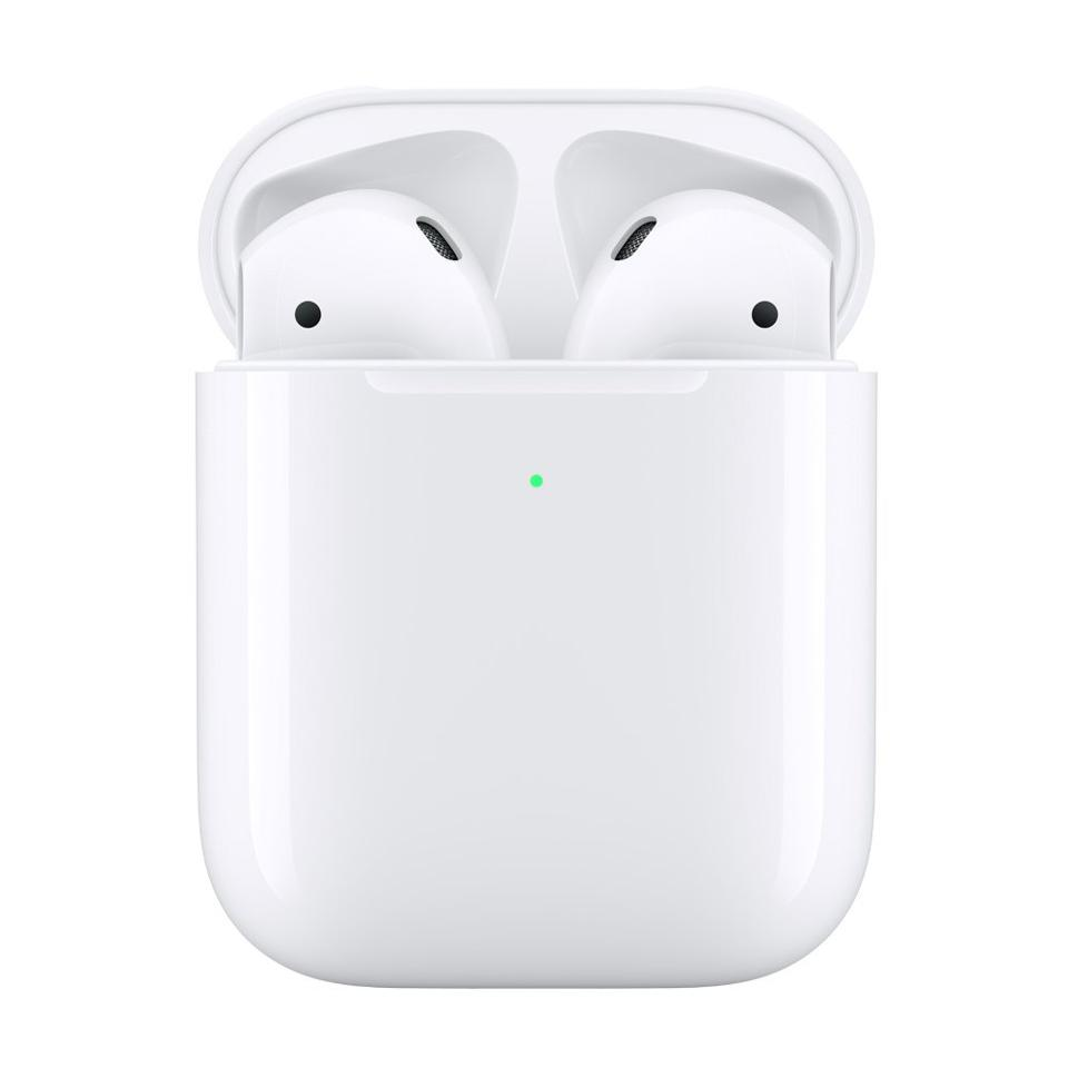 AirPods in Wireless Charging Case