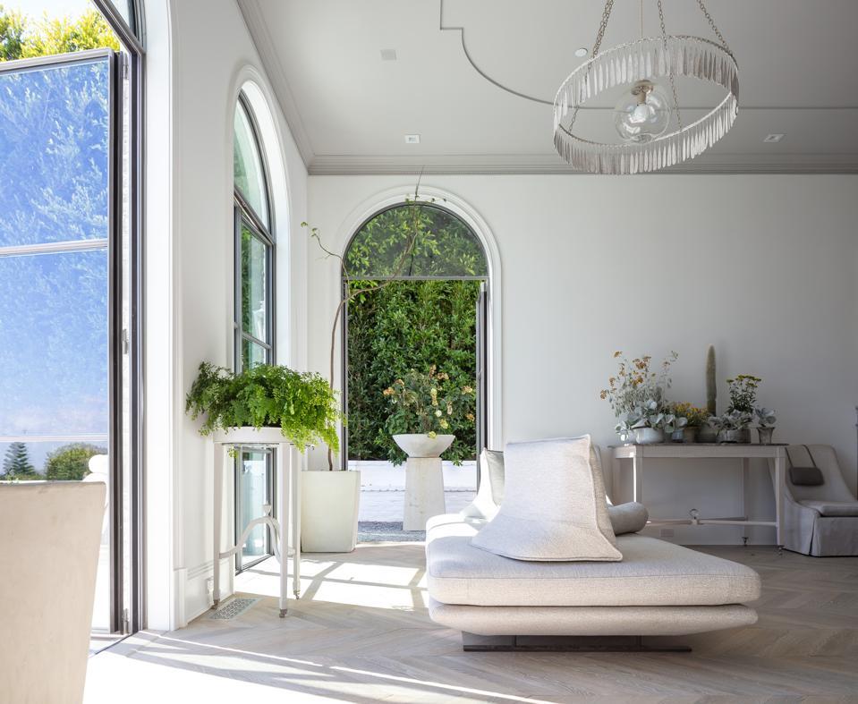 Indoor-outdoor vibe