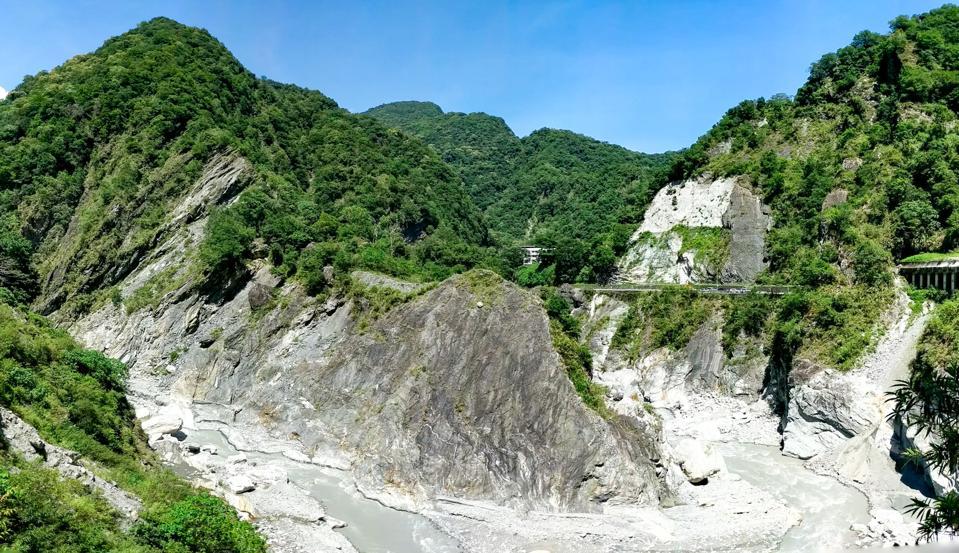 Taroko riverbed