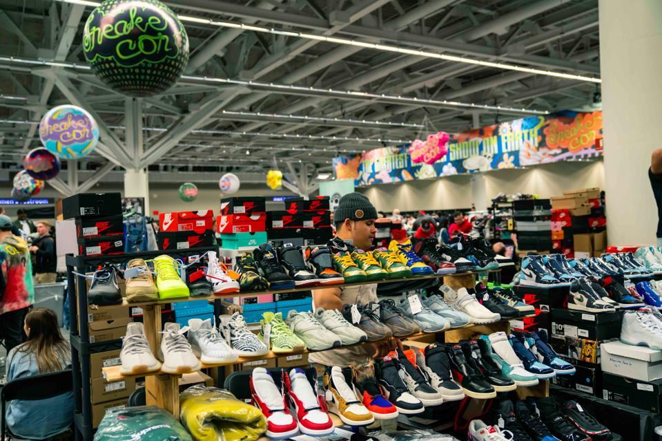 Sneaker Con Rolls Into LA After Stops