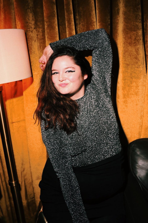 Megan Stalter backstage
