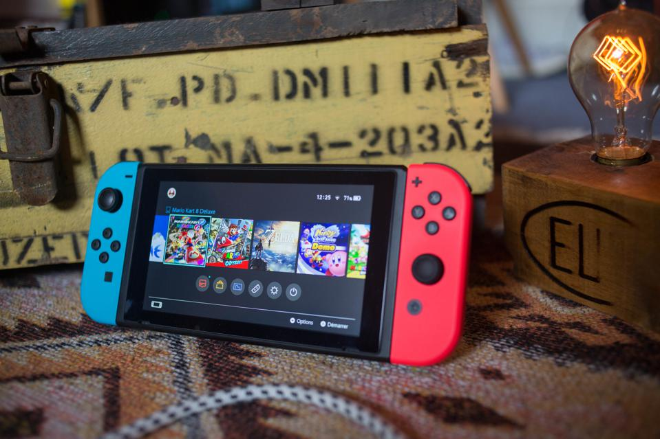 There Are 2 Accessories Every Nintendo Switch Owner Should Buy
