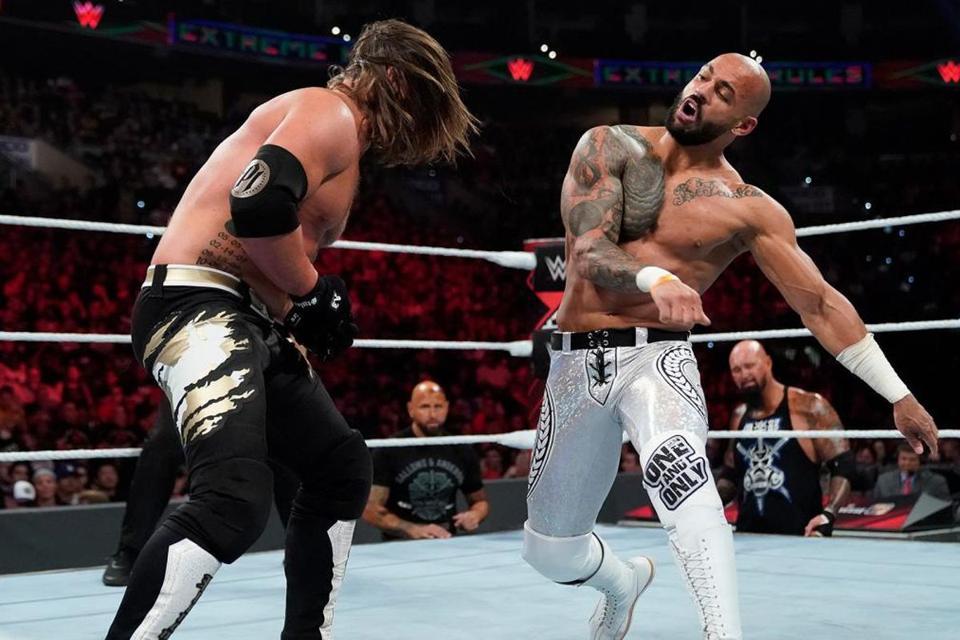 WWE Raw: Ricochet vs. AJ Styles