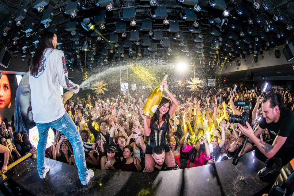 BOSTON, MA - Steve Aoki Spraying Champagne at the Grand