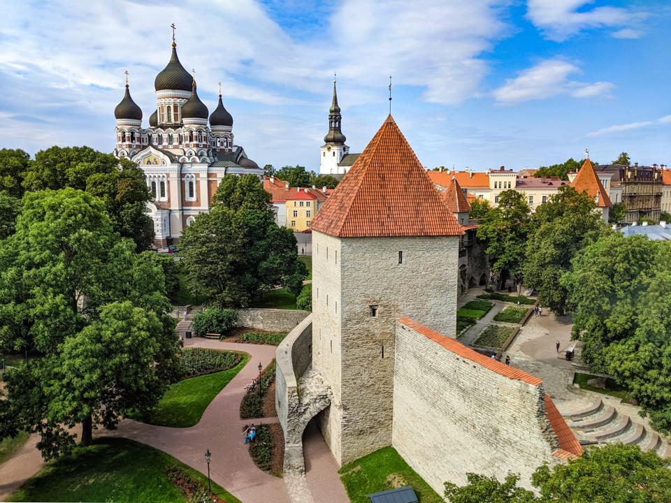 Exploring the Medieval Walls Of Tallinn, Estonia