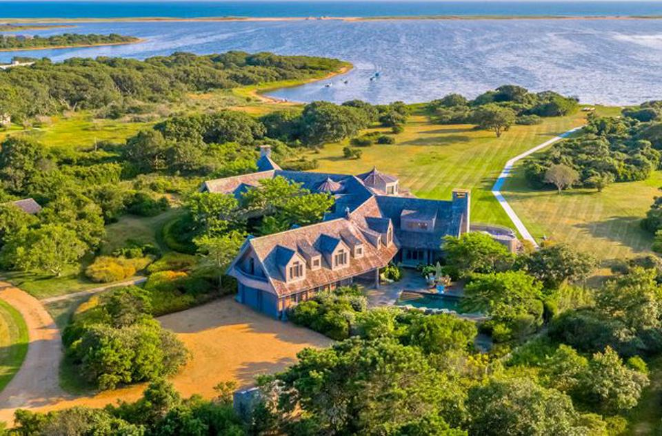 The Obamas' Martha's Vineyard home.