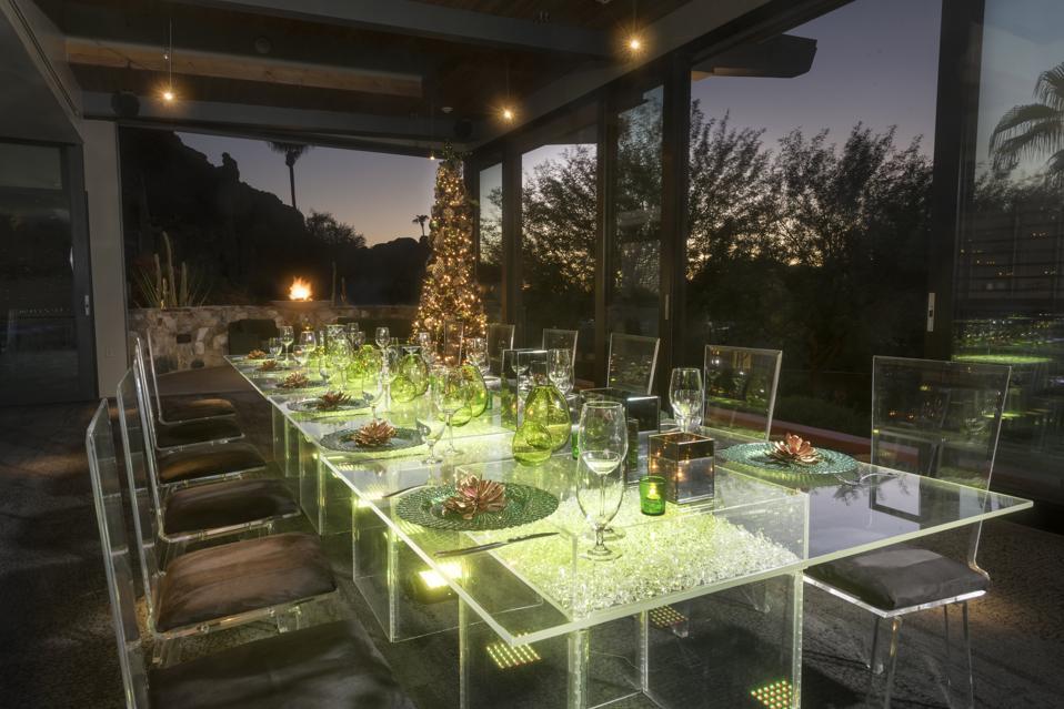 Guests can enjoy a lavish event at Elements Restaurant.