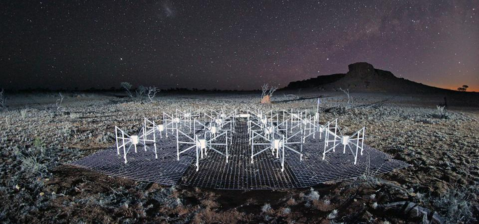 Murchison Widefield Array radio telescope