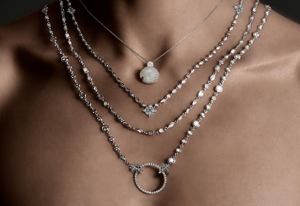 Lisa Nik tarafından doğal elmas takı