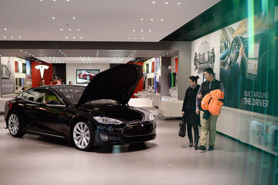 Tesla Motors Opens Store In Beijing