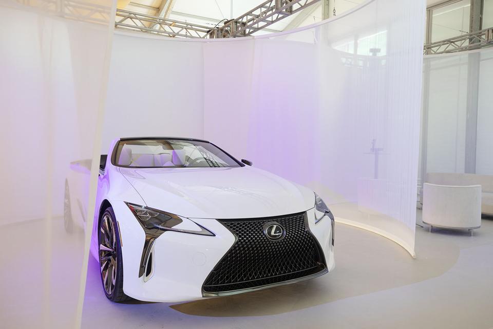 Lexus dizajn Miami LC 500 kabriolet
