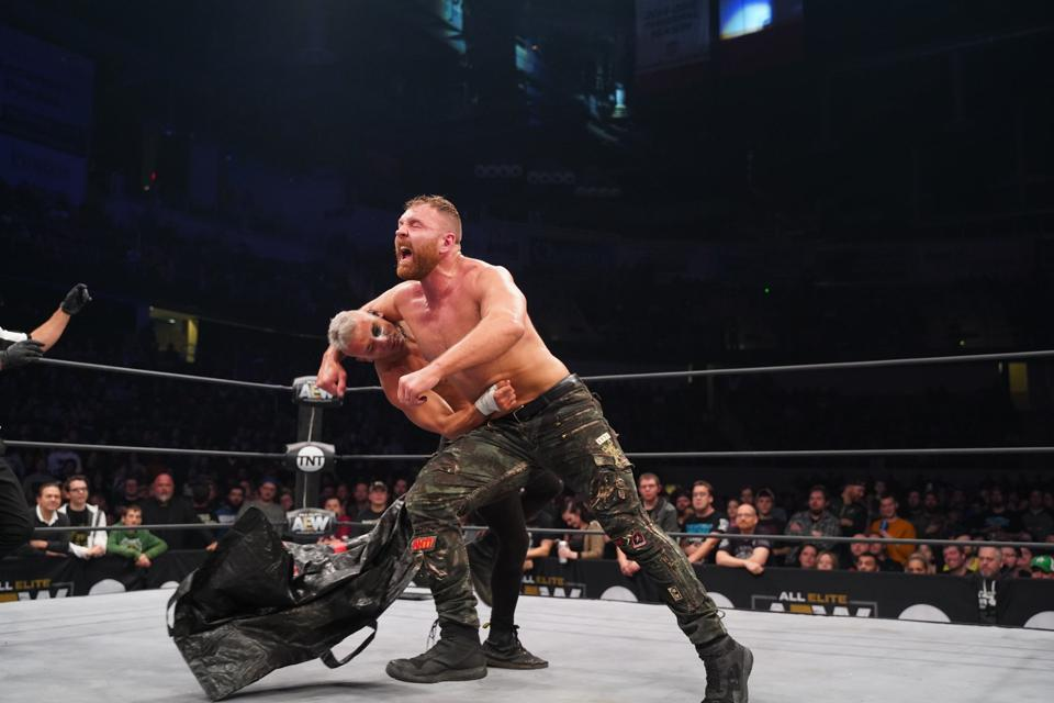 AEW Dynamite: Jon Moxley vs. Darby Allin