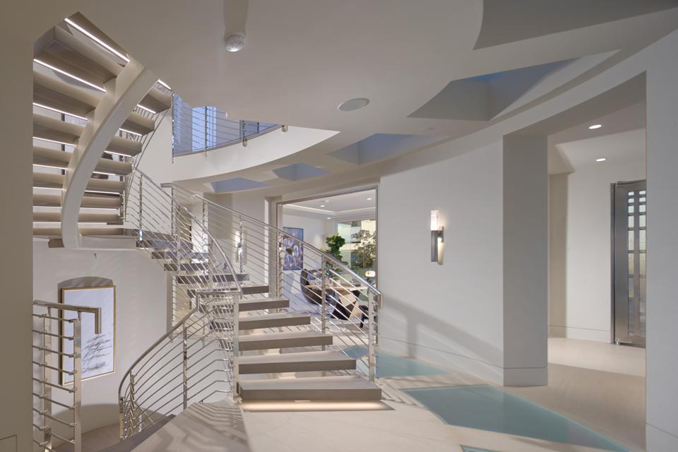Sculptural staircase
