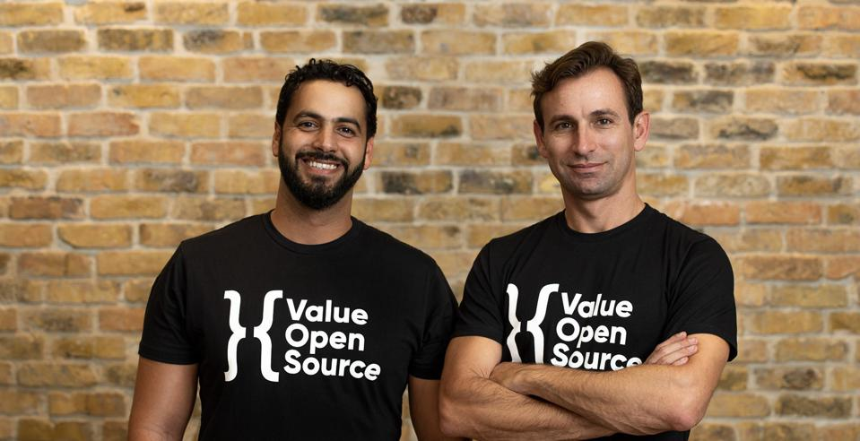 Netanel Mohoni (left) and Chen Ravid (right), co-founders of xs:code