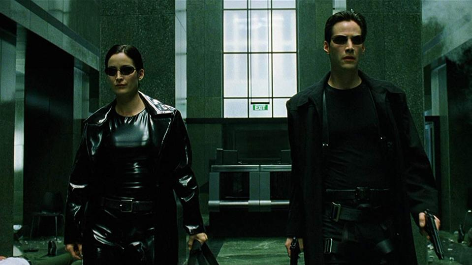 Keanu Reeves and Carrie-Anne Moss in 'The Matrix'