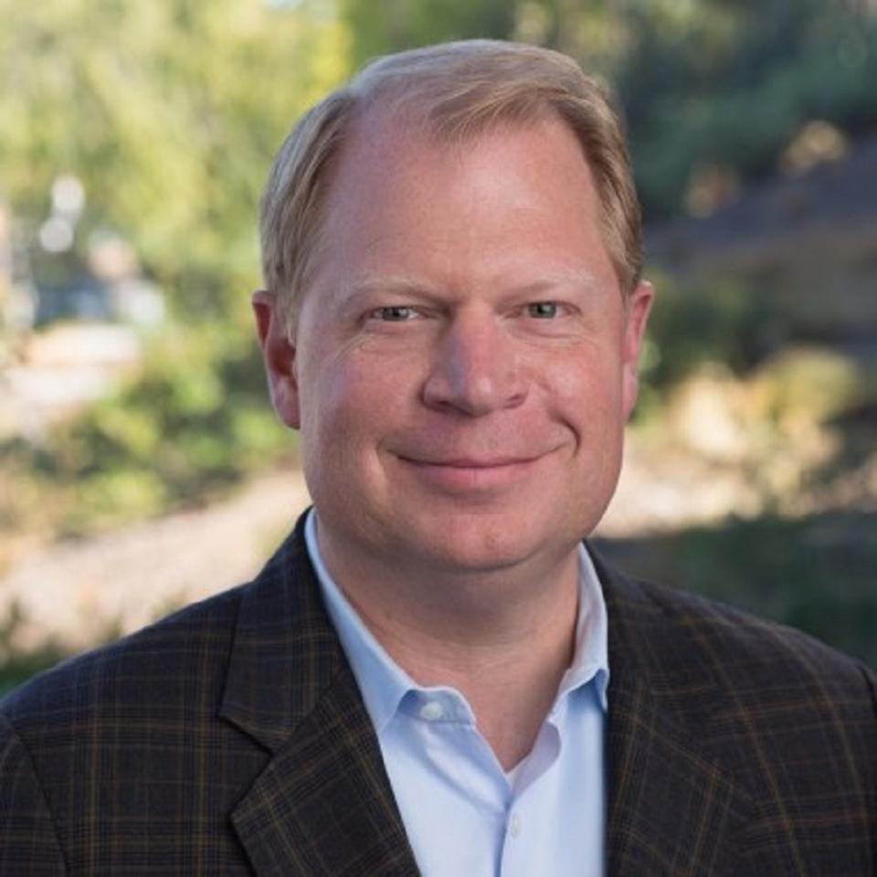 Former HPE, Boeing, and Verizon Executive John Hinshaw Joins HSBC As COO