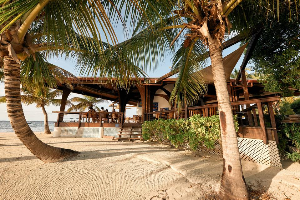 Ray Caye Island Resort