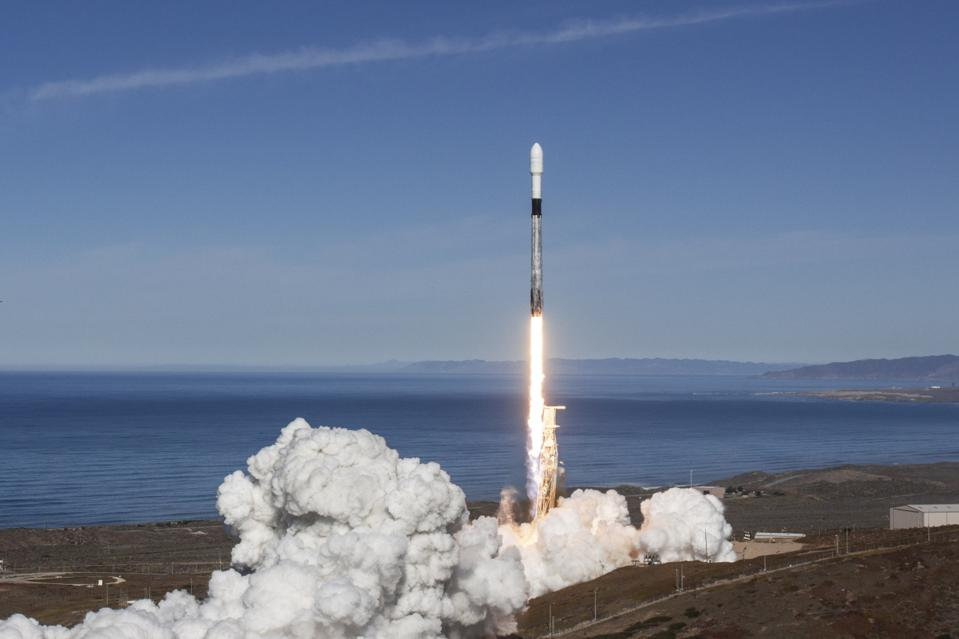 SpaceX To Launch 'Internet of Things' Satellites For Canadian Company