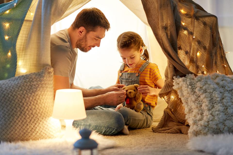 Single Parent Celebrating the Holidays