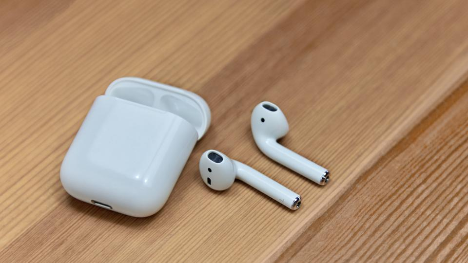 APPLE AIRPODS techlector.xyz