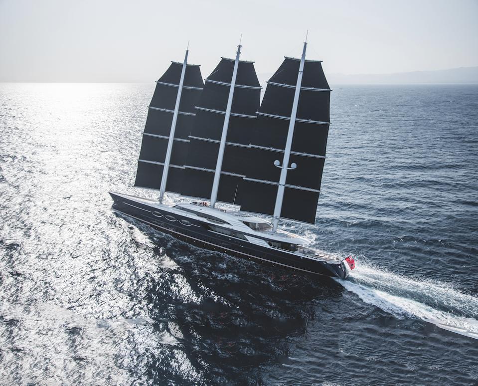 Black Pearl under full sail!