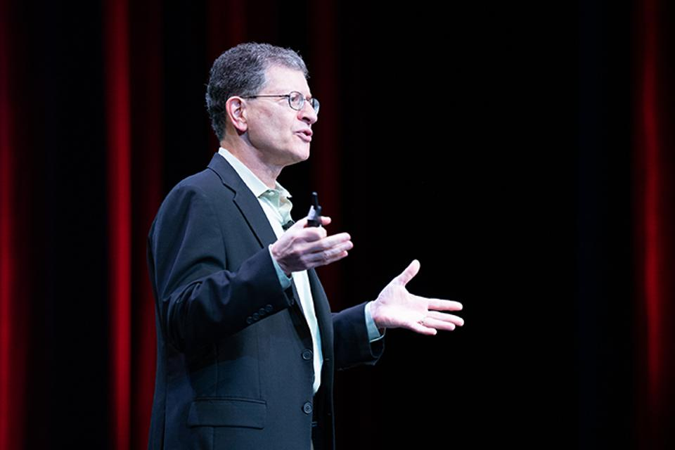 Andy Mendelsohn, Oracle's executive vice president of database server technologies.