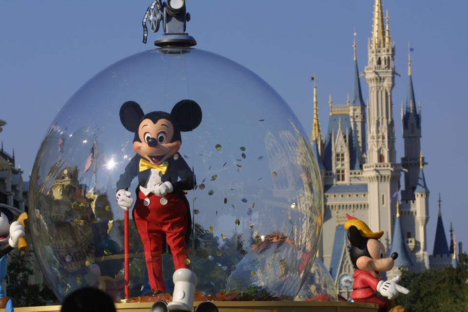 Revealed: The Theme Parks Beating The World's Top Sports Leagues In Attendance