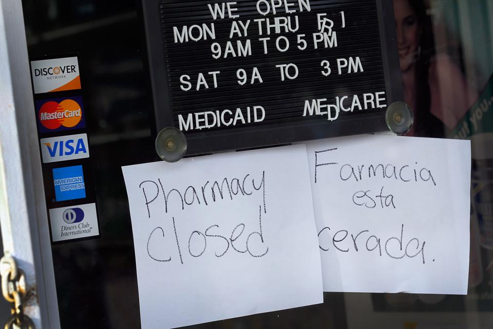 South Florida Pharmacy Suspected As Pill Mill Raided By Officials