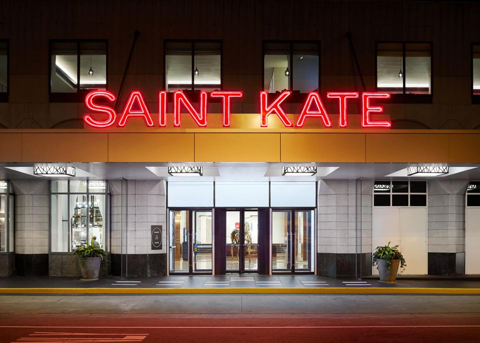 Milwaukee Saint Kate hotel
