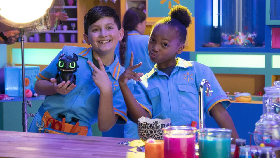 Two child actors filming a video for a Walmart Toy Lab interactive video