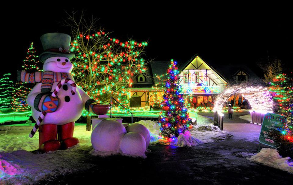Christmas 2019 On Grand Alle 2020 Best Holiday Light Displays Across the U.S.