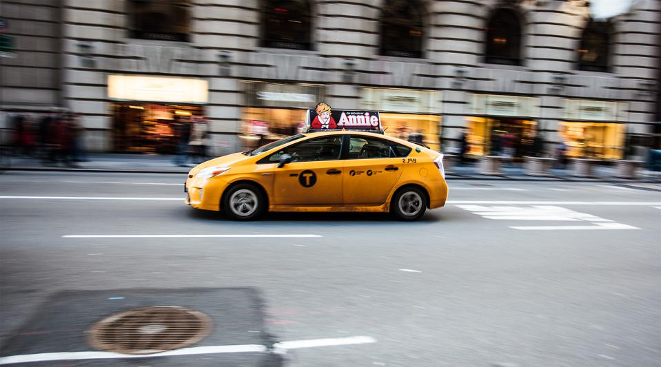 Prius_Taxi_in_New_York_(8593538379)
