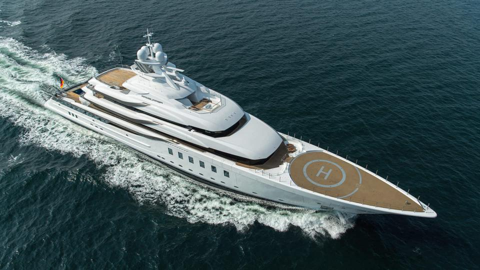 Yacht MADSUMMER owned by real estate icon Jeffrey Soffer