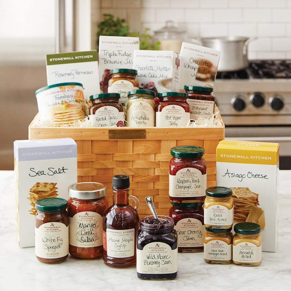 Stonewall Kitchen, holiday gift guide, gift basket, gourmet food, best of the best