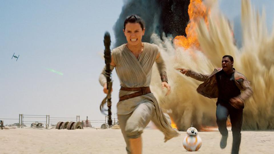 Daisy Ridley and John Boyega in 'Star Wars The Force Awakens'