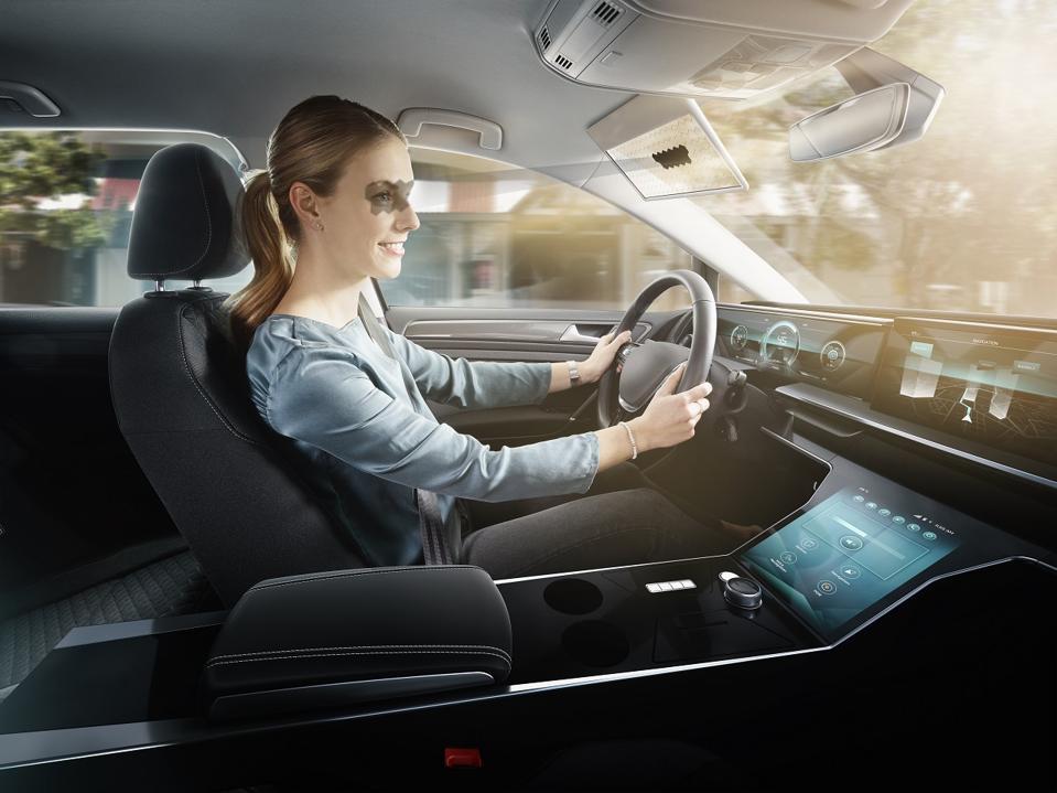LCD-based Bosch Virtual Visor wins CES Best of Innovation award
