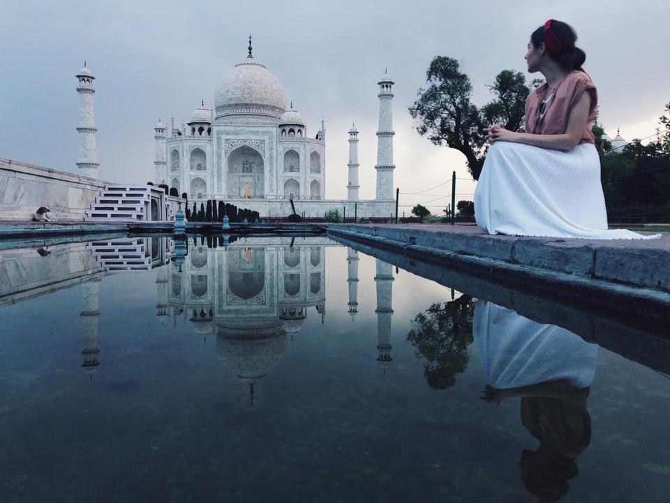 Travel coach Dylan Essertier India
