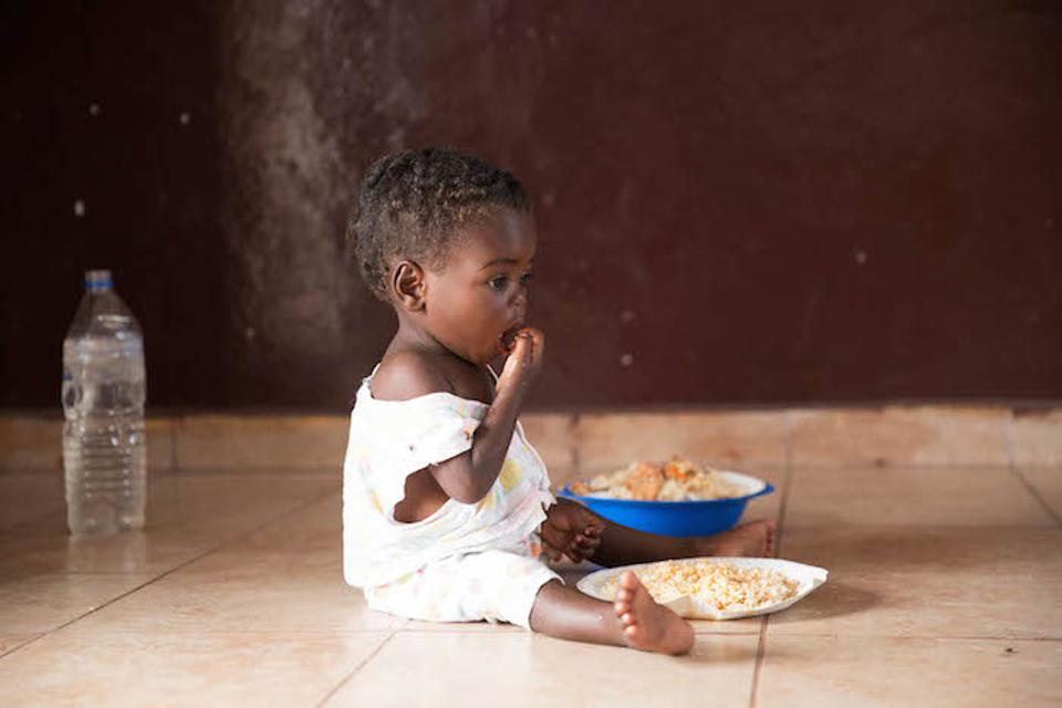 A child from Beira, Mozambique, received support from UNICEF after being displaced by Cyclone Idai