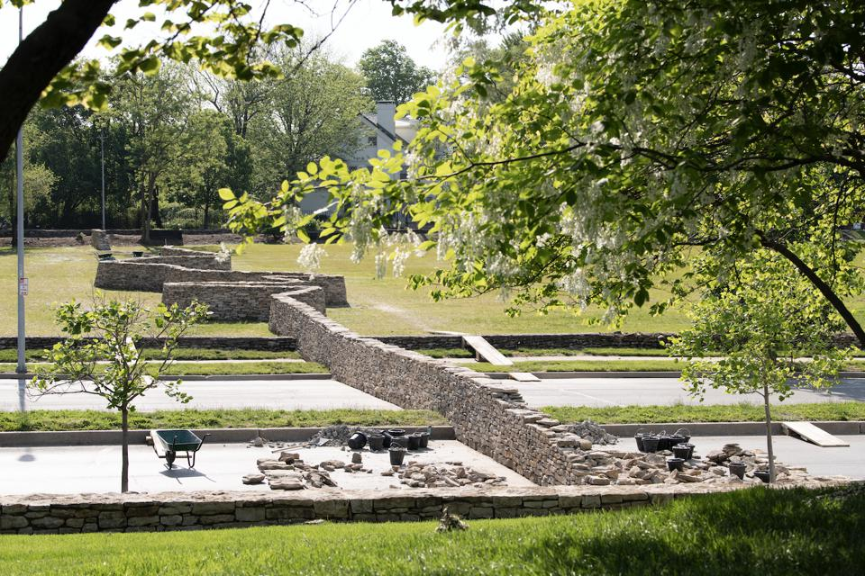Walking Wall, by Andy Goldsworthy. Courtesy of the Nelson-Atkins Museum, Kansas City.