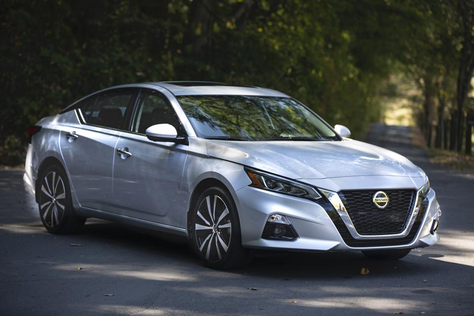 2020 Nissan Altima 2 0 Platinum Fwd Vc Turbo Test Drive And Review Altima Revisited