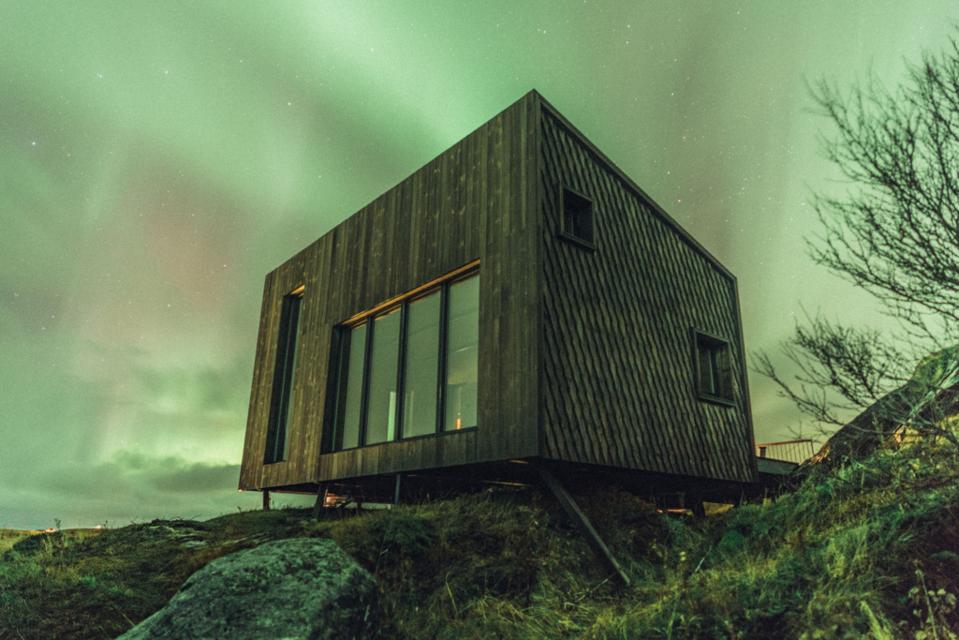Arctic Hideaway northern lights