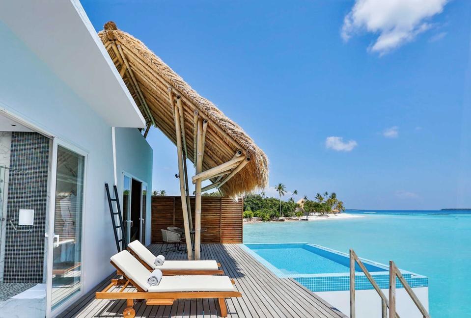 plunge pool Maldives