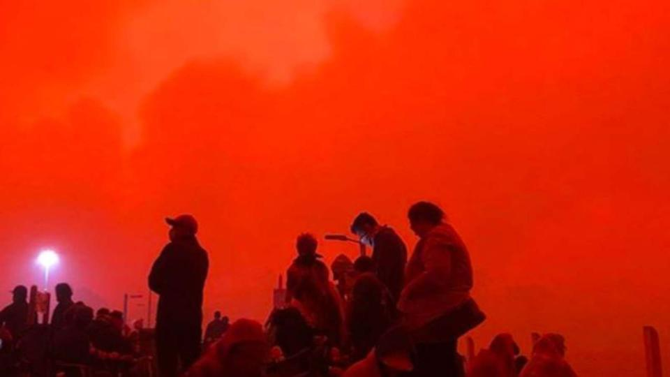 Red skies caused by fires in Australia
