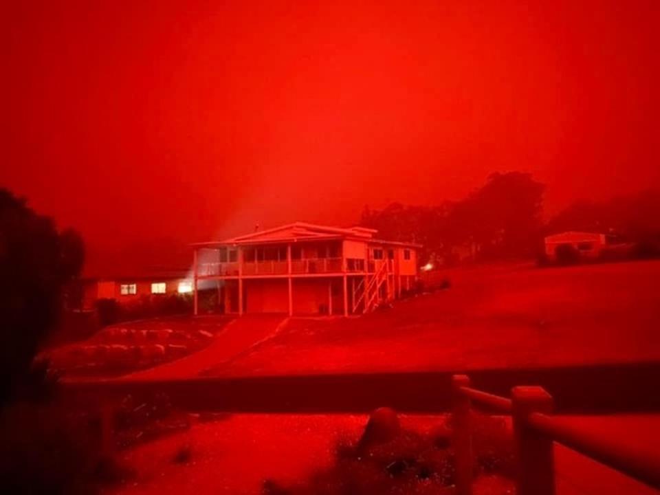 Red skies caused by raging fires in Australia