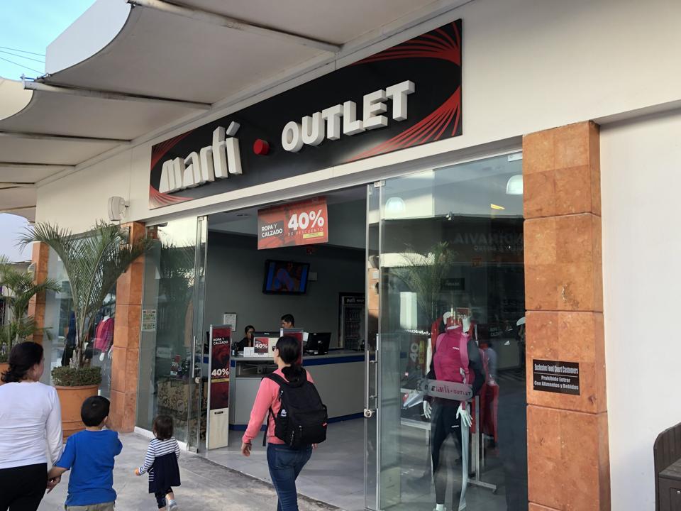 Shopping in Ajijic
