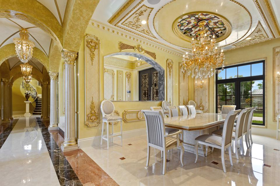 Chandelier nave and formal dining room
