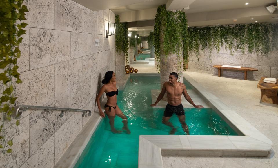 S Hotel Jamaica Irie Baths