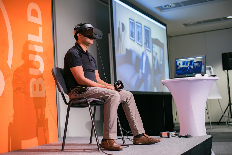 Coach-To-Transform's Rajat Garg demonstrates Bodyswaps virtual reality