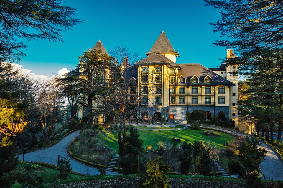 Oberoi Wildflower Hall Resort Himalayas